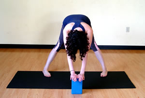 13 yoga poses for runners  sparkpeople